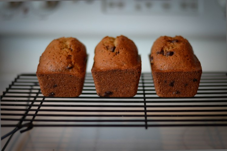 mini-loaves zuke bread